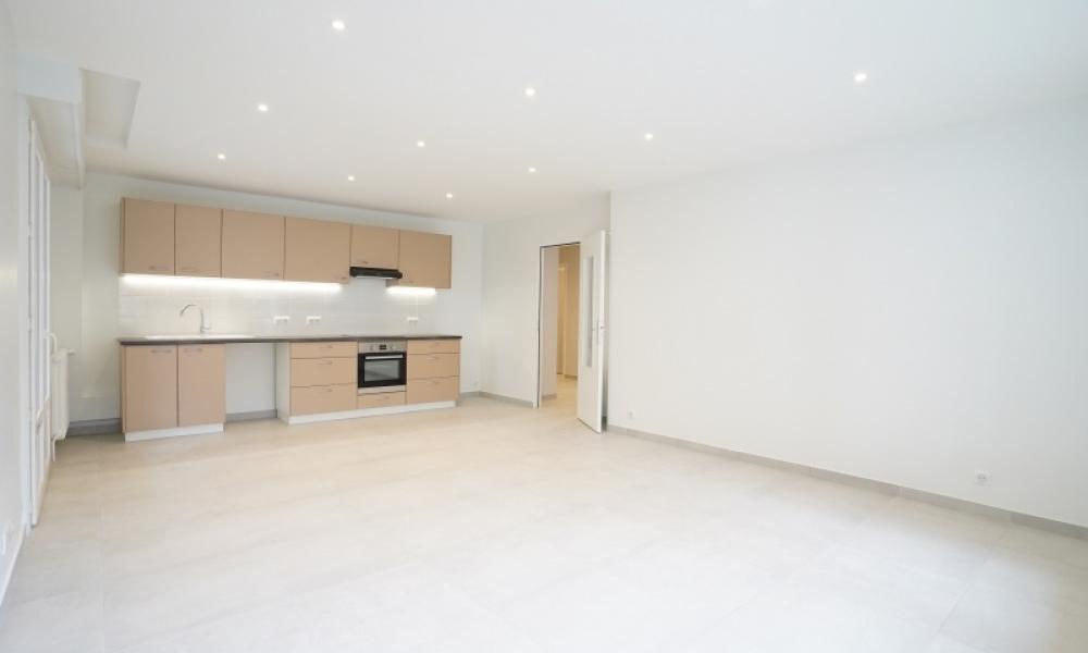 Location appartement 4 pièces à ANNECY - réf. 165 - Photo 4