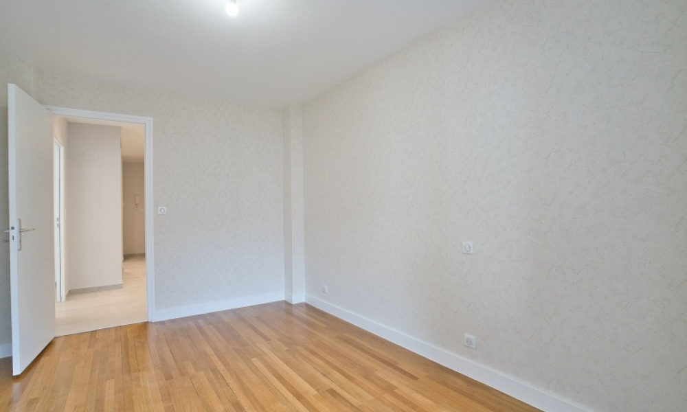 Location appartement 4 pièces à ANNECY - réf. 165 - Photo 6