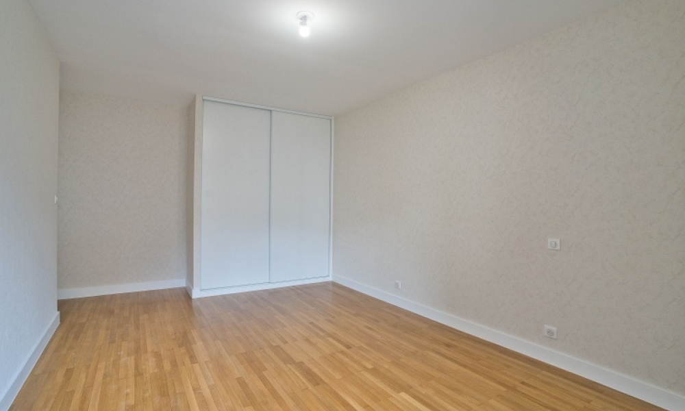Location appartement 4 pièces à ANNECY - réf. 165 - Photo 7