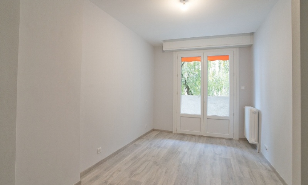 Location appartement 4 pièces à ANNECY - réf. 165 - Photo 8